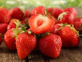 Strawberry extract protects skin against UV rays