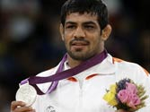 Sushil provides the silver lining on last day of the Olympics, raises India's medal count in London to six