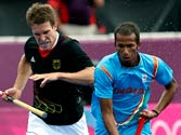 London Olympics: Third straight lost for Indian hockey team, loses 2-5 to Germany