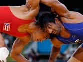 London Olympics 2012: Wrestler Yogeshwar Dutt wins 60kg freestyle repechage round 1