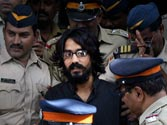 Mumbai Police may drop sedition charges against cartoonist Aseem Trivedi