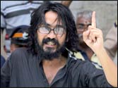 Anti-graft cartoonist Aseem Trivedi arrested on sedition charges