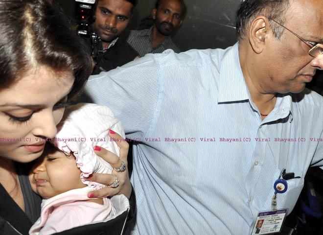 Aishwarya Bachchan with her daughter Aaradhya