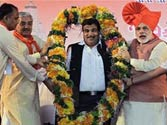 Gadkari set to get second term as BJP chief