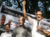 Ahead of launching party, Kejriwal leads protest against power tariff hike