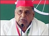 Mulayam asks SP workers to gear up for 2014 polls