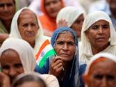 171 Hindus arrive from Pak, seek refugee status