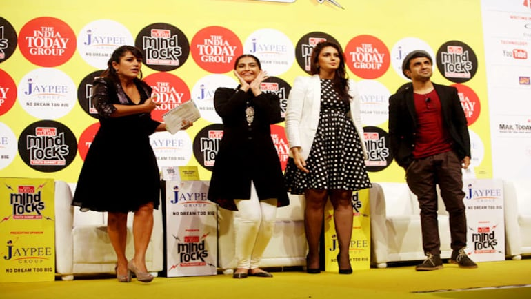 Sonam Kapoor, Huma Qureshi and Vir Das