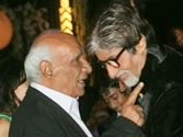 Amitabh Bachchan pays tribute to Yash Chopra in his blog