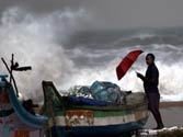 Cyclone threat to Andhra, Tamil Nadu coasts