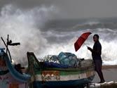 Cyclone threat to Andhra, Tamil Nadu coasts