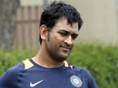 Will decide on an extra spinner after Australia-Pakistan match: Dhoni