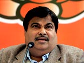 Gadkari threatens defamation case against those maligning his name