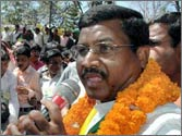 Jharkhand Vikas Morcha withdraw's support from UPA over FDI in retail