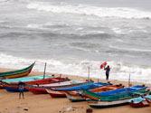 Cyclone Nilam moving towards landfall