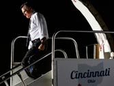 Mitt Romney backs Mourdock as Obama continues criticism