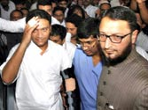 Asaduddin Owaisi changing loyalties from Congress to Jagan?