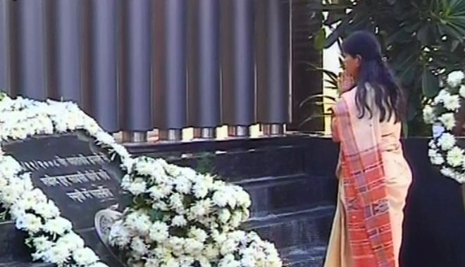 Mumbai pauses to remembers martyrs of 26/11
