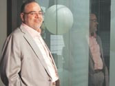 Ponty Chadha's empire shaken! Major projects of the Wave Group face an uncertain future