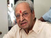 Pran recovering fast at hospital