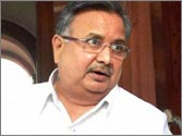 Good motorcycle, girlfriend and mobile culprits behind rising road accidents, says Chhattisgarh CM Raman Singh