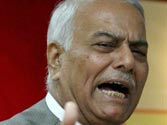 Third strike at Nitin Gadkari, now Yashwant Sinha demands he quit