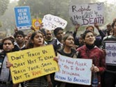 Delhi fortified to douse protests against gangrape but demonstrations still on at Jantar Mantar