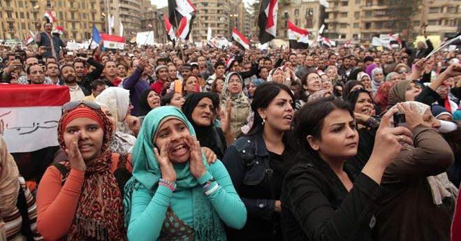 Egyptian women protest against President Mohammed Morsi