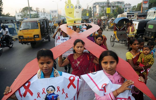 HIV cases rising in West Bengal: Survey - India News