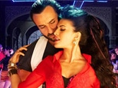 Saif, Jacqueline groove in new Race 2 dance number