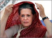 Sonia Gandhi not happy with Delhi administration over protests against Delhi gangrape case, say reports