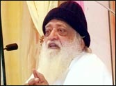 Asaram Bapu not sorry for Delhi gangrape victim remark, says elephants do not bother about barking dogs