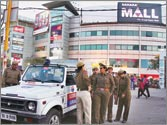 Gurgaon excise dept grants pub licence to restaurant amid Sahara Mall crack down on pubs