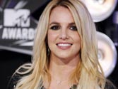 Britney Spears spotted without her ring