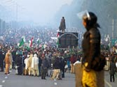 March for change lays siege to Islamabad, Pakistan gets its Anna-esque moment
