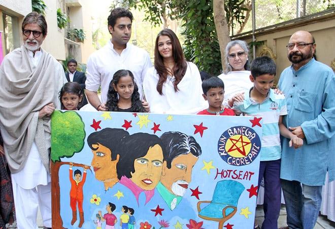 (Left to right) Amitabh Bachchan, Abhishek Bachchan and Aishwarya Rai