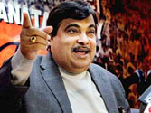 I-T dept grills Nitin Gadkari for four hours over dubious Purti Group investments