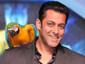 Salman Khan finally accepts an award