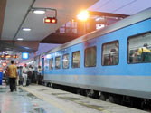 Woman dies after being pushed out of Shatabdi Express at Muzaffarnagar station; cops booked