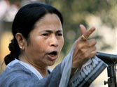 UPA govt all set to provide sops to WB in an attempt to woo Mamata