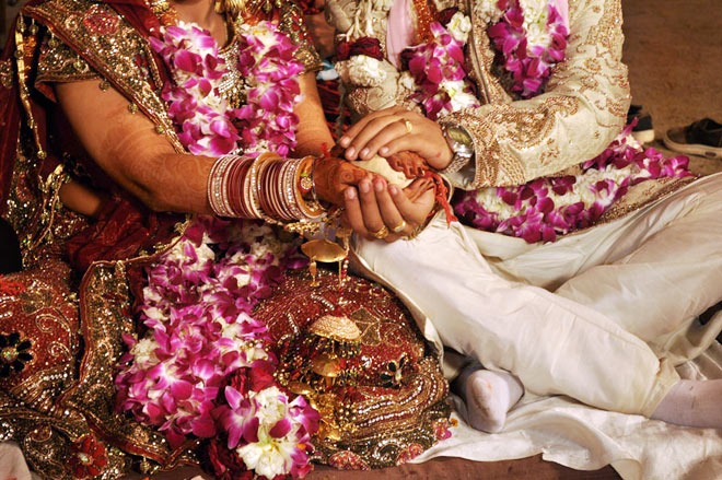 Indians swear by arranged marriages - Lifestyle News