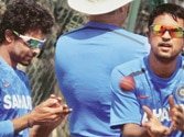 Left arm or left out: India face Ojha dilemma ahead of second test against Australia