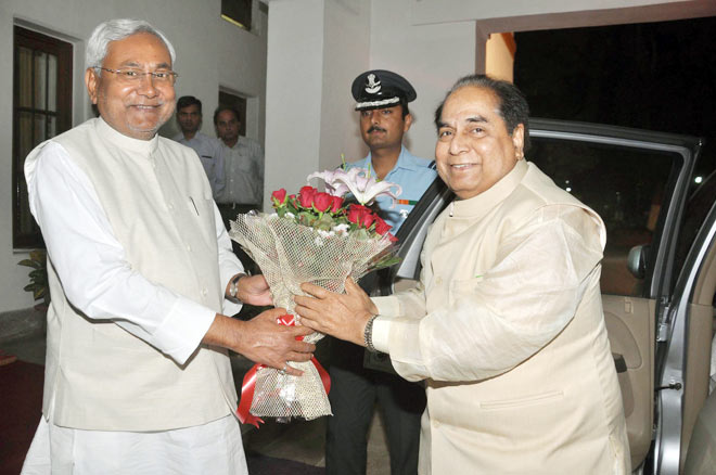 Nitish Kumar and DY Patil