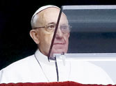 """Pope Francis let his words do the talking, appeals for protection of """"the poor and the Earth"""""""