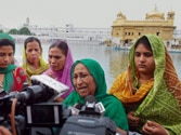 Pakistan gives consular access to Sarabjit Singh as he continues to battle for life
