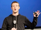 Facebook makes ambitious attempt to take centerstage on Android phones