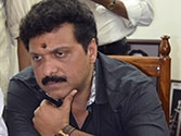 Family drama singes Chandy: Actor-turned-politician Ganesh Kumar's indiscretions cost him his ministerial berth and embarrass the CM