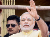 Narendra Modi heaps praise on Mamata, says Left created potholes in West Bengal for 32 years