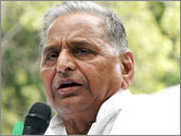 Coal block allocation scam: Mulayam says UPA govt has interfered with CBI report
