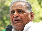 Chinese incursion: Mulayam attacks UPA govt, says China is our biggest enemy
